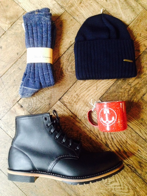 0dda4ac25fc SCHOTT PEACOAT   S.N.S. HERNING KNIT   MERZ B. SCHWANEN SOCKS   RED WING  9014   STETSON NORTHPORT BEANIE   IRON AND RESIN MUG