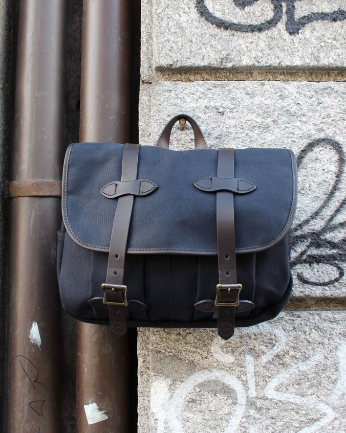 Filson Field Bag medium navy_1