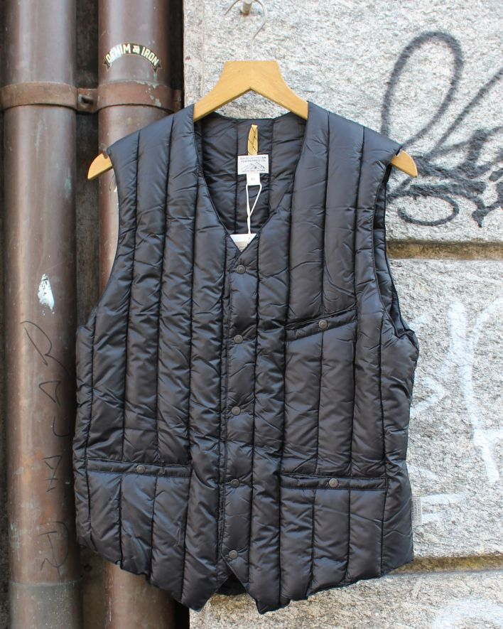Rocky Mountain Featherbed 6 month vest black_1
