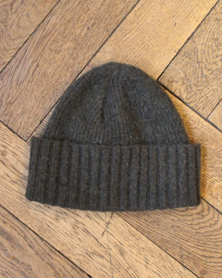 Drakes Lambswool Beanie olive_2