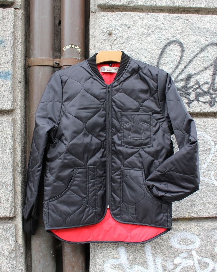 Eat Dust Frostbite Nylon Jacket black_1