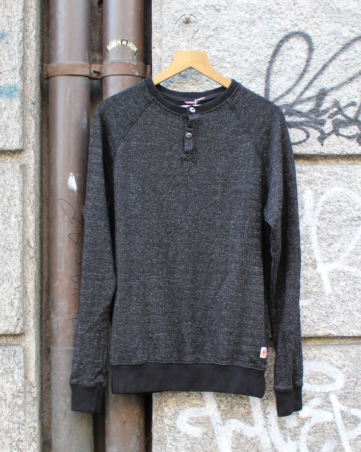 Iron and Resin Penton Henley black_1