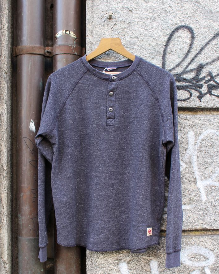 Iron and Resin Transit Henley grey_1