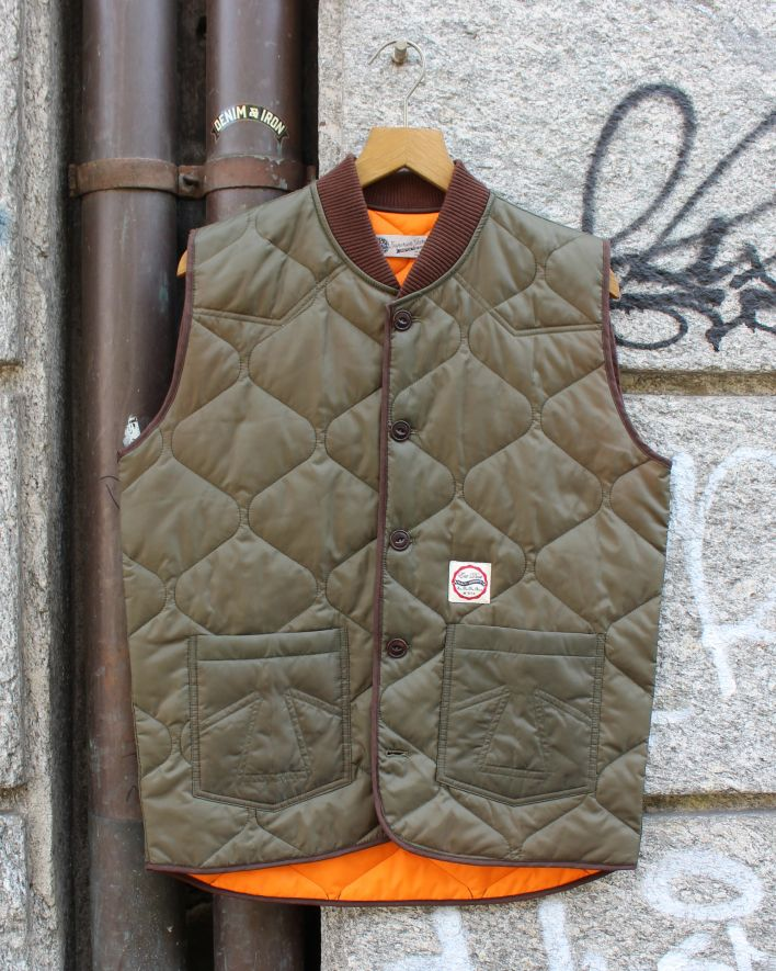 Eat Dust quilted frost hammer weste khaki_1