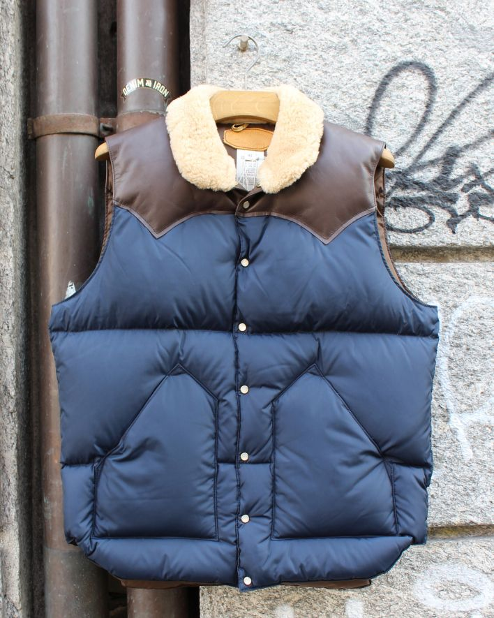 Rocky Mountain Featherbed_Christy Down Vest navy dark brown_1