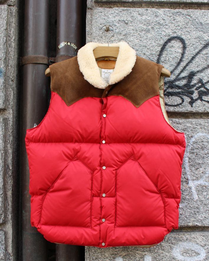 Rocky Mountain Featherbed_Christy Down Vest red brown suede_1