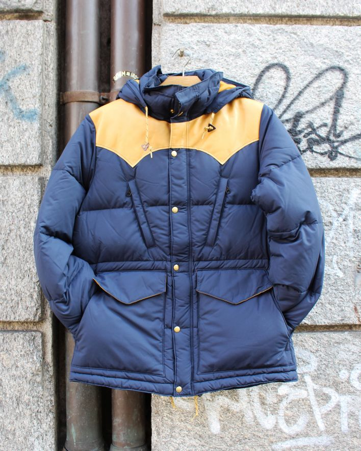 Rocky Mountain Featherbed_DMP Mountain Parka navy_1