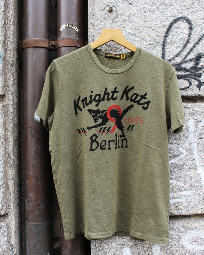 Johnson Motors Knight Kats Berlin olive_1