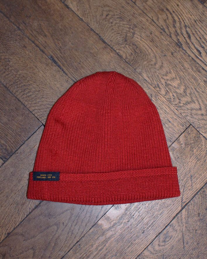Dehen Watch Cap Forester red