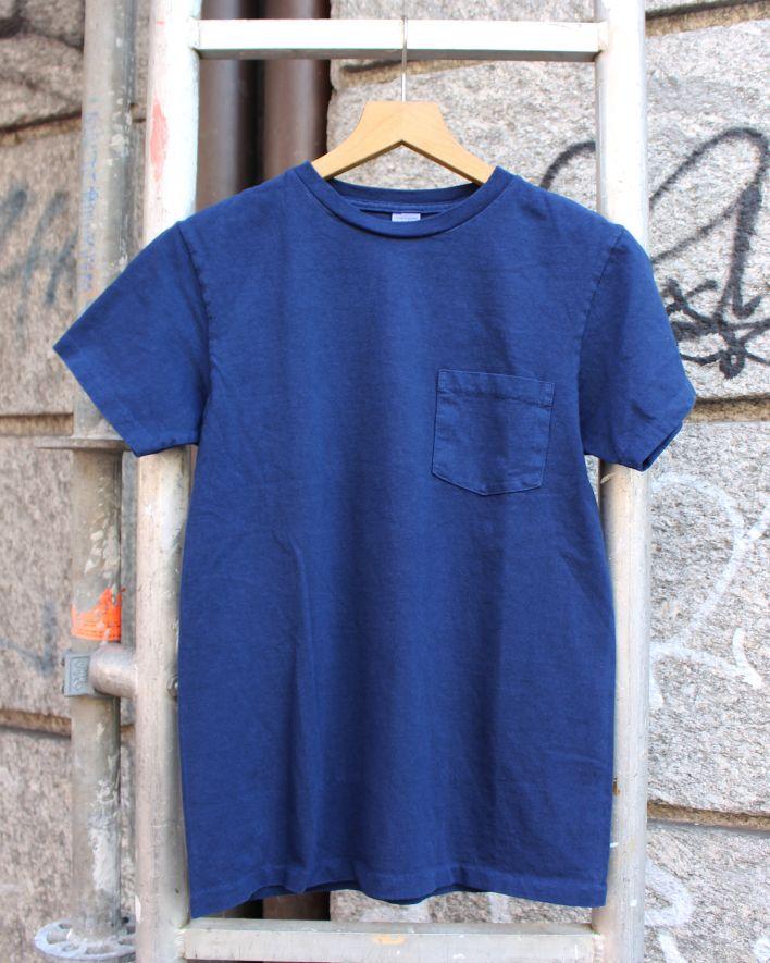 Velva Sheen HAND DYED Crew Neck Pocket T-Shirt indigo_1