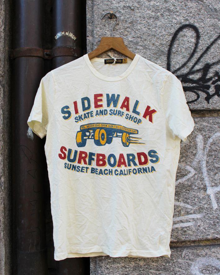 Johnson Motors SIDEWALK SURFER T-Shirt dirty white_1