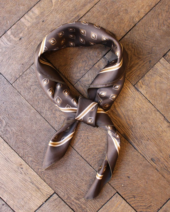 A Piece of Chic Plume Silk Bandana brown_1